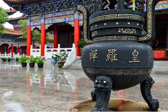 阳澄湖皇罗禅寺